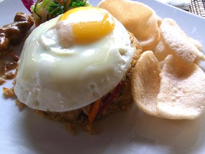 朝食(インドネシアン・ナシ