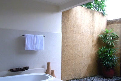 部屋Aのバスルーム